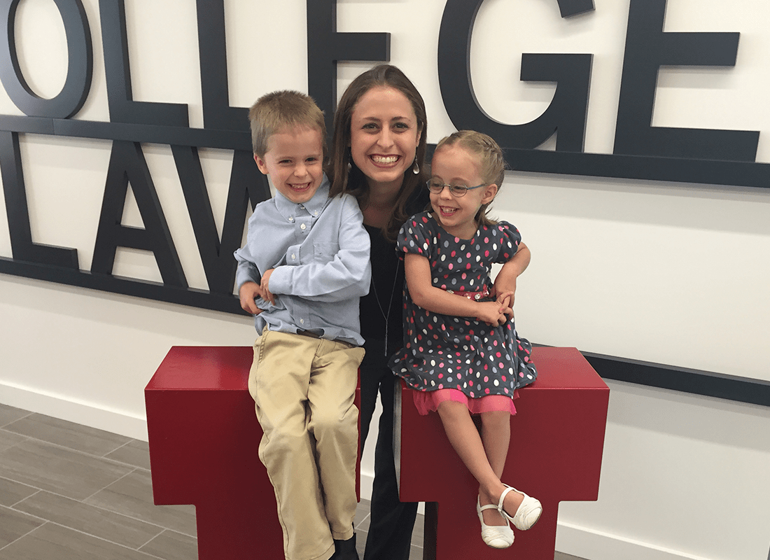 University of Utah S.J. Quinney College of Law alumna pays it forward with creation of nonprofit designed to help single moms